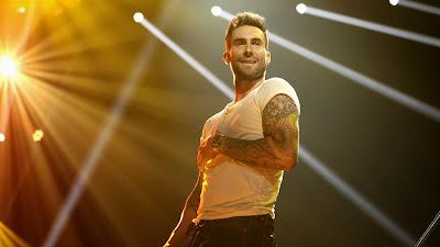 Gambar Adam Maroon 5 Terbaru