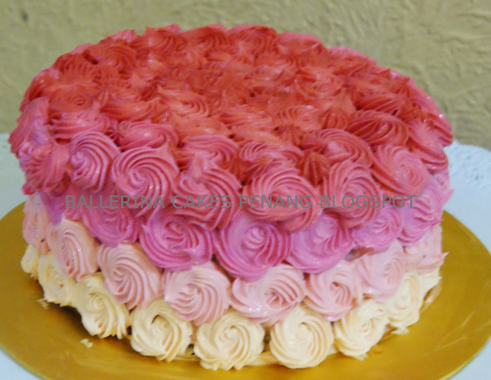 Ombre  Swirl Rose Cake