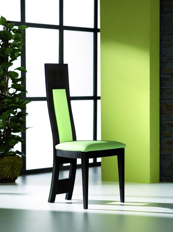 Decorando dormitorios sillas de comedor modernas moda 2013 for Sillas comedor modernas