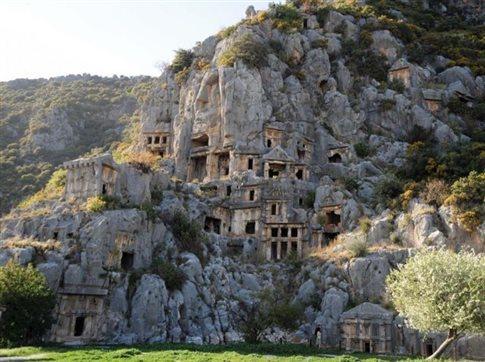 Ο «Ελληνικός Κόσμος» μάς ταξιδεύει στην Ανατολική Μεσόγειο