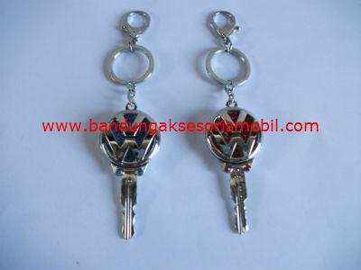 Gantungan Kunci Berlian Model Kunci Vw