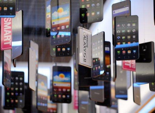 Tips memilih dan membeli smartphone berkualitas - www.teknologiz.com