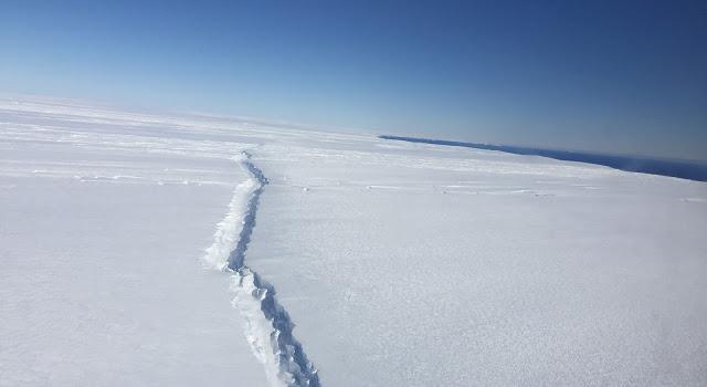 En Antarctique, on a trouvé une fissure de cent kilomètres