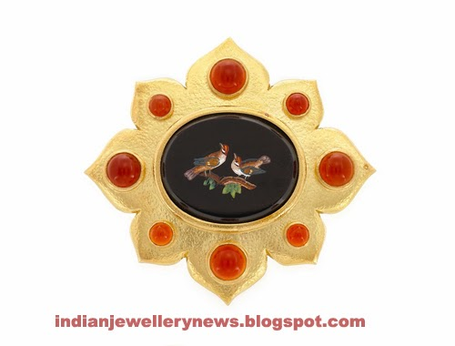 18 kt  Gold and Carnelian Pendant Clip-Brooch