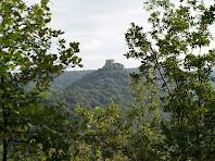 El Castell de Castellcir o de la Popa des de la pista de Roca-Sitjana