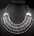 http://www.stylemoi.nu/ethnic-silver-ball-trim-collar-necklace.html
