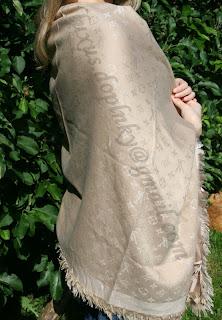 Louis Vuitton monogram šál, šatka 140x140cm (štvorec. 65% kašmír ...