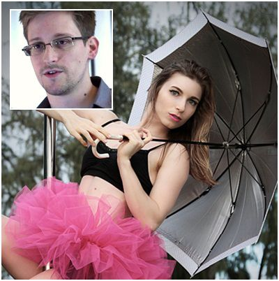 Lindsay Mills is Edward Snowden's new girlfriend