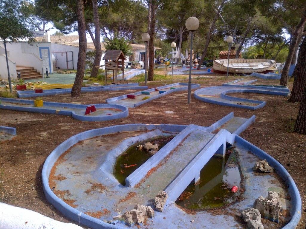 Crazy Golf at Restaurante Vista Alegre in Porto Cristo, Mallorca