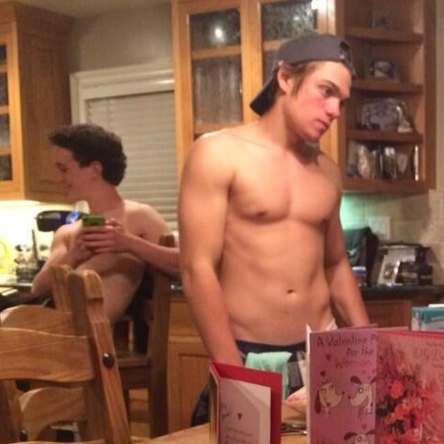 Dylan sprayberry shirtless