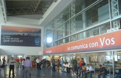 Voseo at a Nicaraguan airport