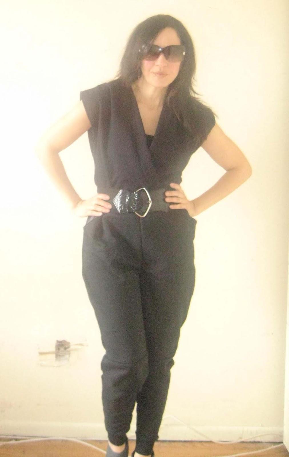 Nelesc Designs: Sew and Tell: Sweatshirt Jumpsuit