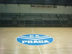 NOS VISITA EL C. A. PRAGA
