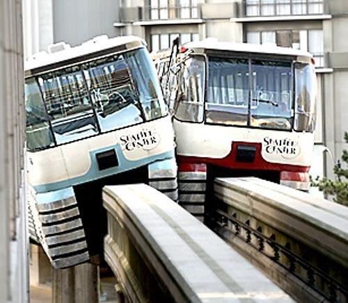 Stalking Seattle Monorail Mishaps