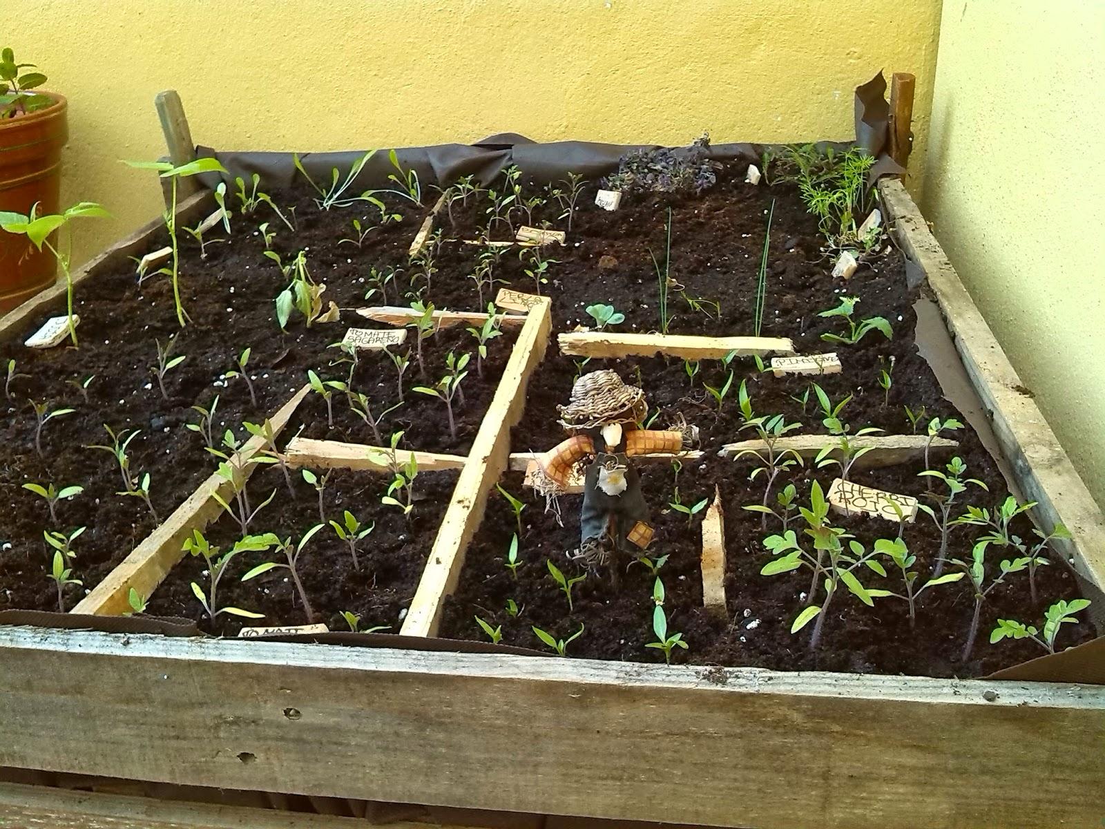 Servilletas decoupage nenoska mesa de cultivo reciclaje for Construir mesa de cultivo