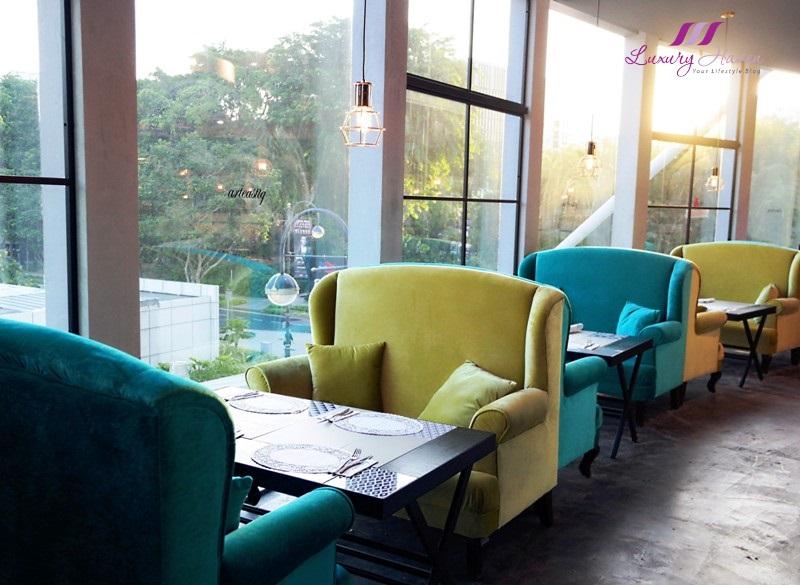 arteastiq tea house plaza singapura window seats