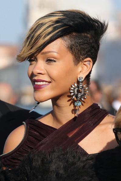 rihanna earrings