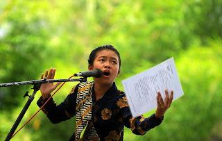 Berikut inilah Contoh Geguritan Puisi Bahasa Jawa terbaru terlengkap
