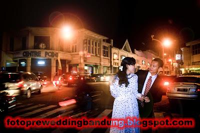 Foto Pre Wedding Bandung Jalan Braga