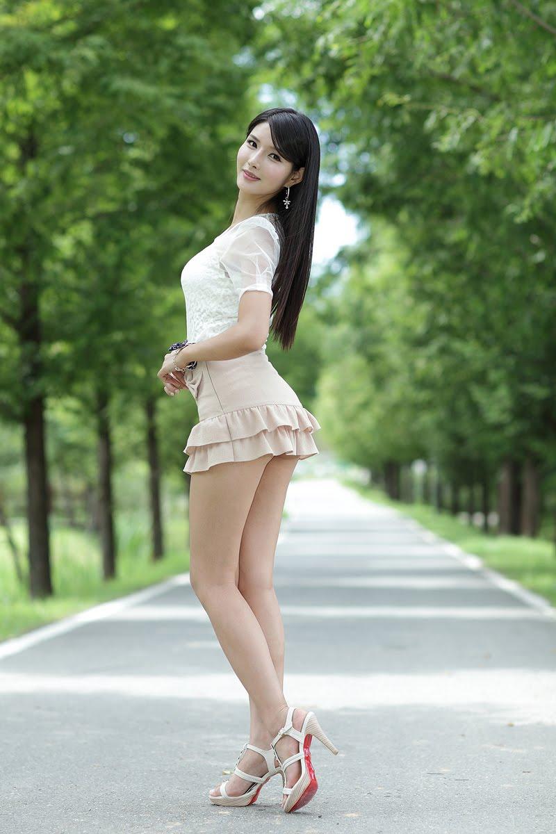 我和你共始终 (wǒ hé nǐ gòng shǐ zhōng) - Stay together all along 信我莫疑 (xìn wǒ mò yí) - Believe me, I am not a suspect (to leave you)