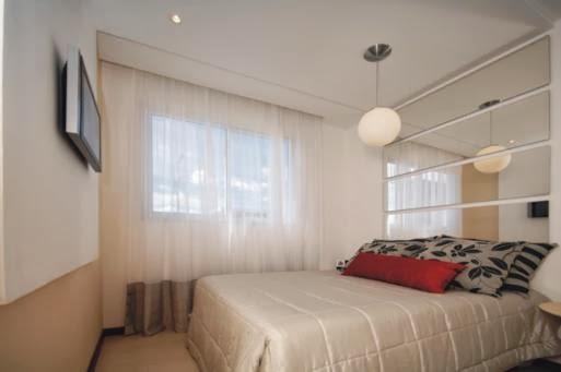 Meu Mini Apê Inspiração decoração quarto de casal pequeno  ~ Quarto Casal Pequeno Com Home Office