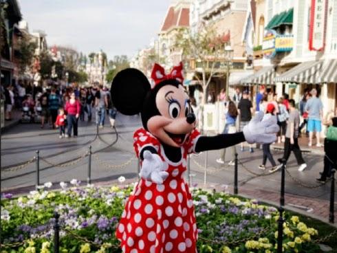 Wabak demam campak merebak di Disneyland pelawat diminta mendapatkan vaksin terlebih dahulu