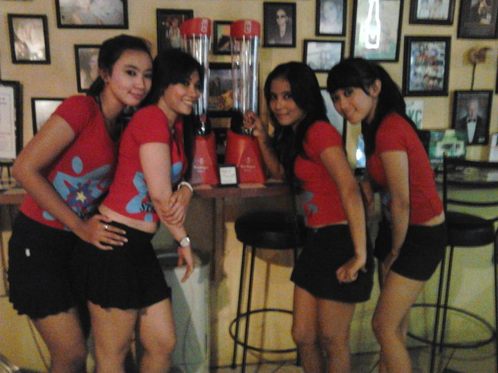 sentul women Aurora spa and cafe is a  sentul city and within walking distance to aston premier hotel enjoy relaxing spa treatments for men and women by our professionally.