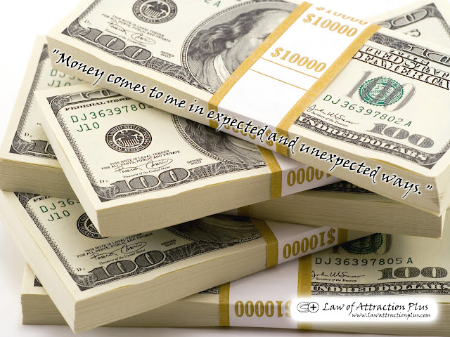 Free Law of Attraction Wallpaper with Decree and Positive Affirmation about Money