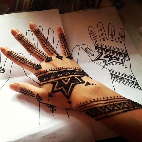 Symbolic henna designs