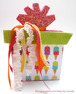 baby favor: birthday present decor