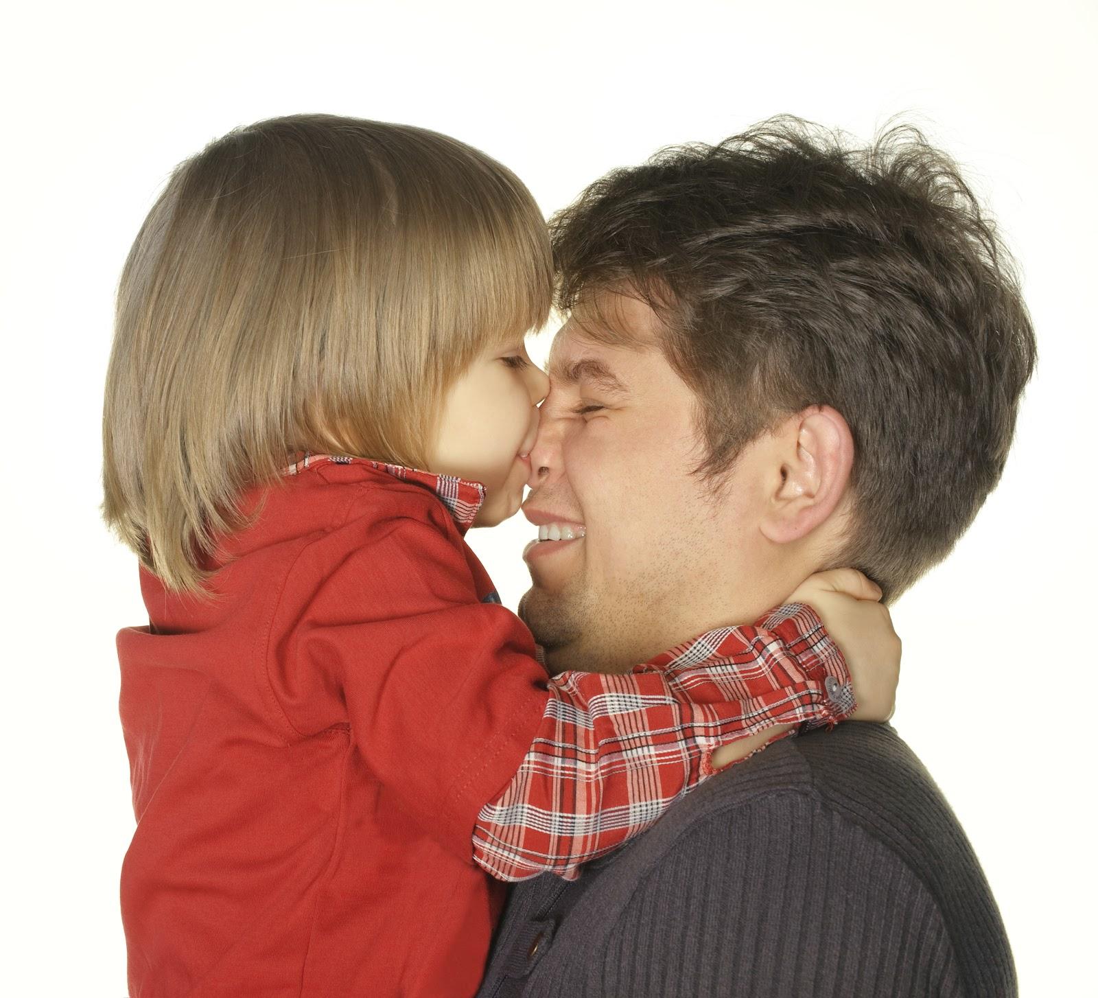 Сын целует член отца 20 фотография