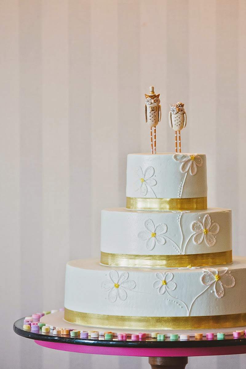 Vintage Wedding Cake with Owls