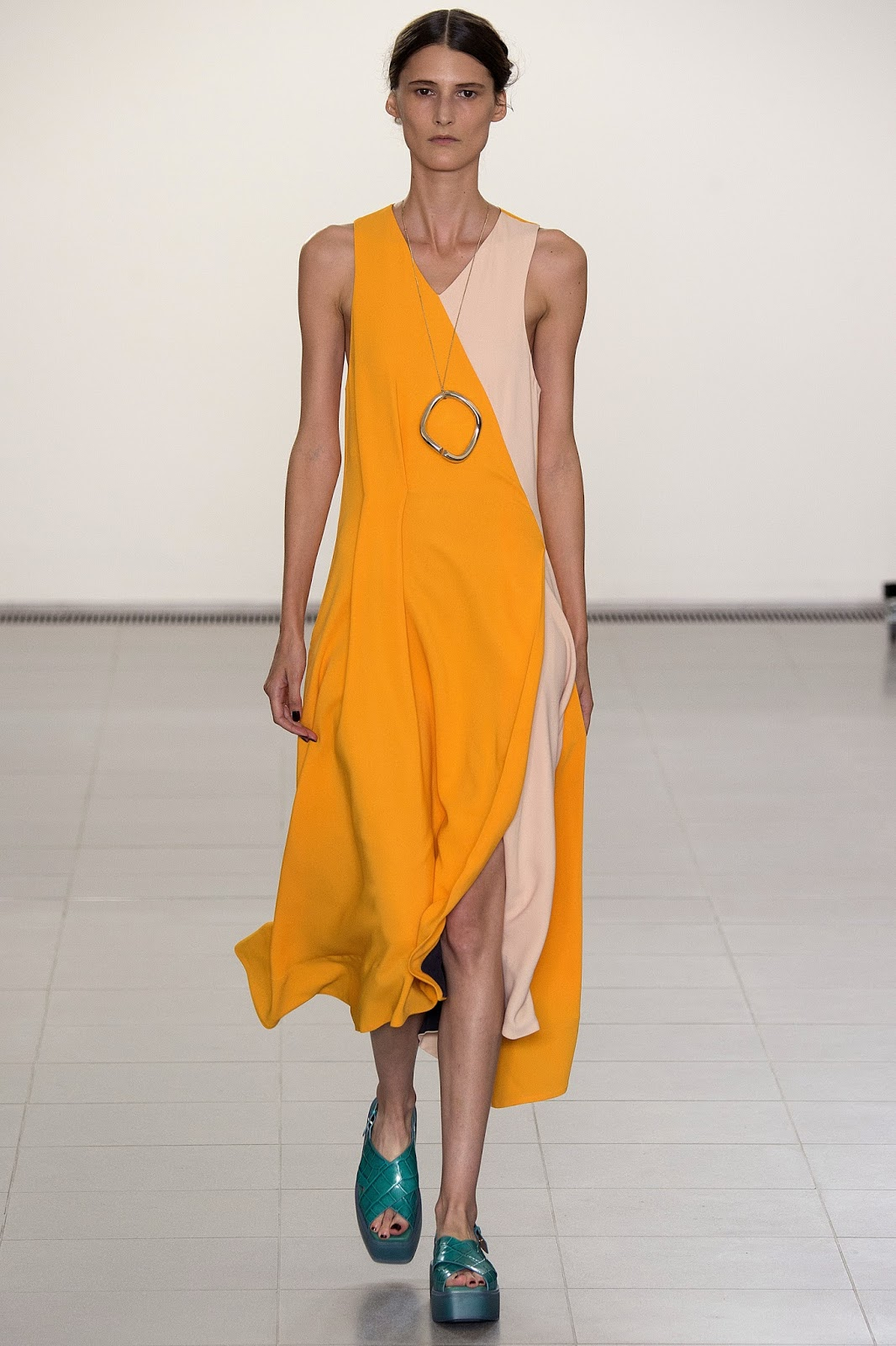 Paul Smith Spring/Summer 2016 / London fashion week via www.fashionedbylove.co.uk