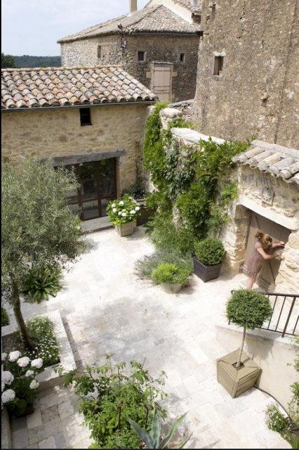 provencal mature singles Chez-provence has substantial private gardens on olive trees are growing throughout the gardens as well as mature and a third bed room with two single.
