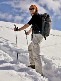 Iba toho, kto ide vlastnou cestou, nemôže nikto predbehnúť. (Marlon Brando)