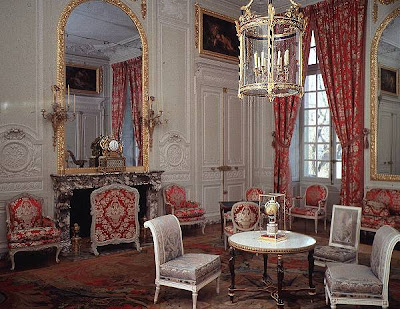 this is versailles petit trianon grand salon. Black Bedroom Furniture Sets. Home Design Ideas