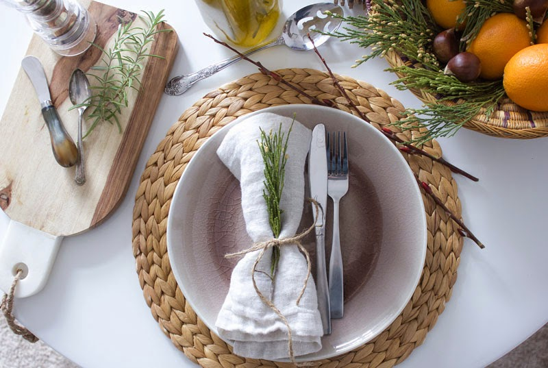 Christmas table, natural place setting, organic holiday table