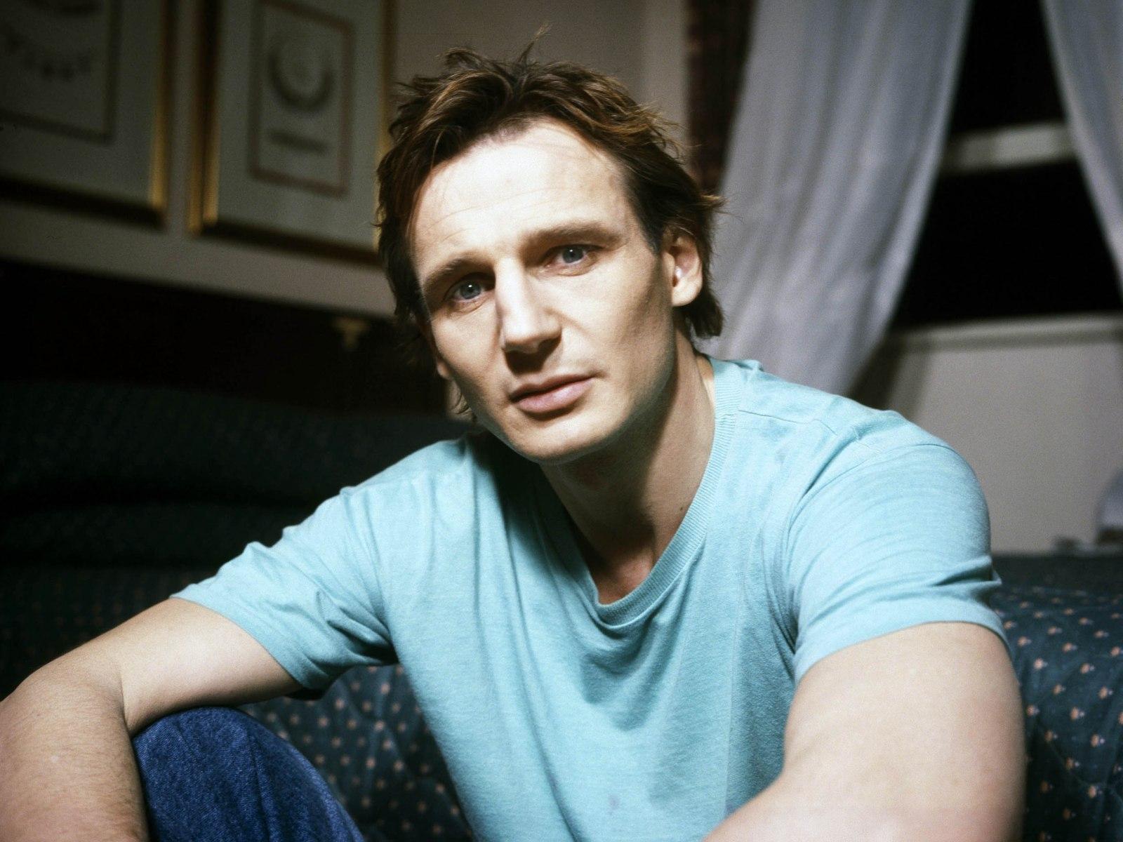 http://3.bp.blogspot.com/-wgBZiYN_PbI/T8QvPJUKFfI/AAAAAAAAAKY/YeQEll9l_A8/s1600/Liam+Neeson.jpg