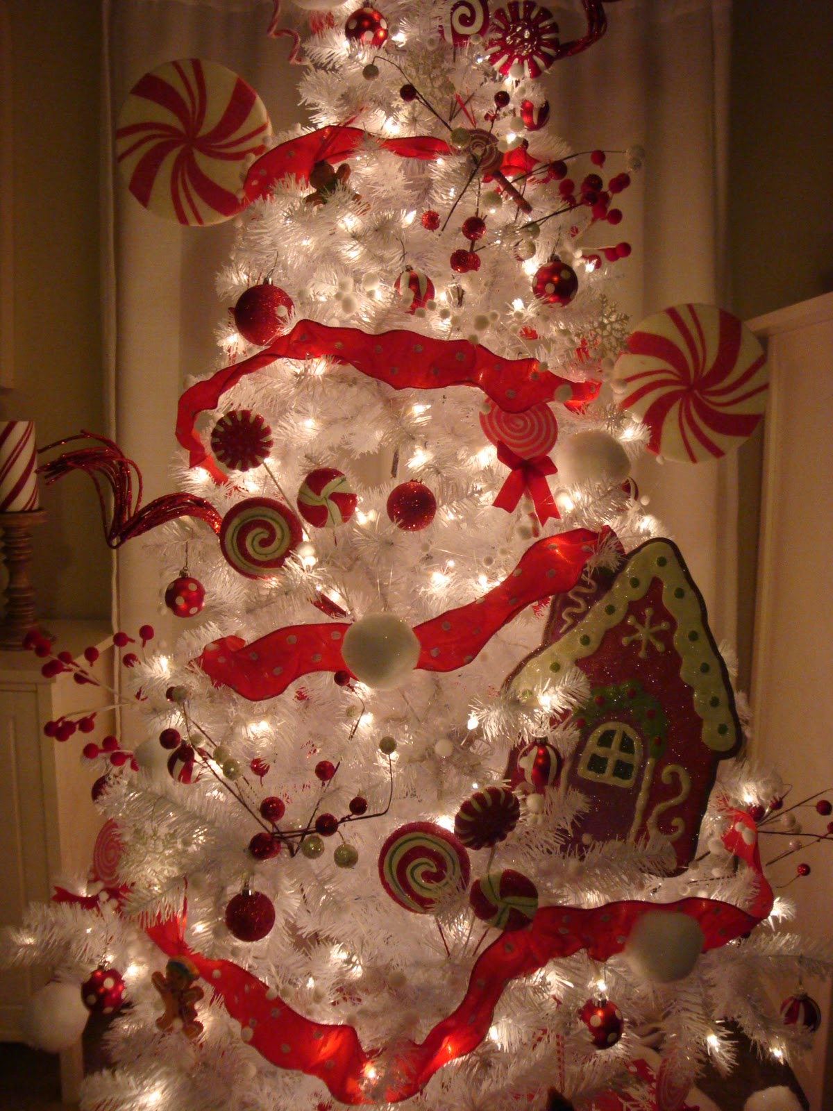 Ashley 39 s nest twelve days of christmas day 11 peppermint for 12 days of christmas decoration theme