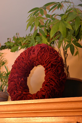 DIY Felt Wreath Tutorial