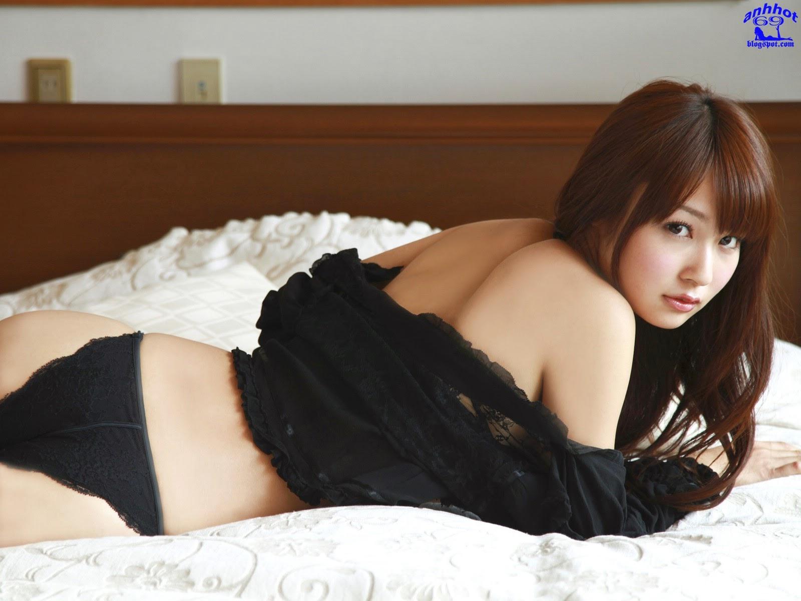 misaki-nito-00961408