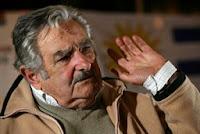 """""""Uruguay está inundada de dólares y no sabemos cómo pararlo"""", dice un ministro de Mujica"""