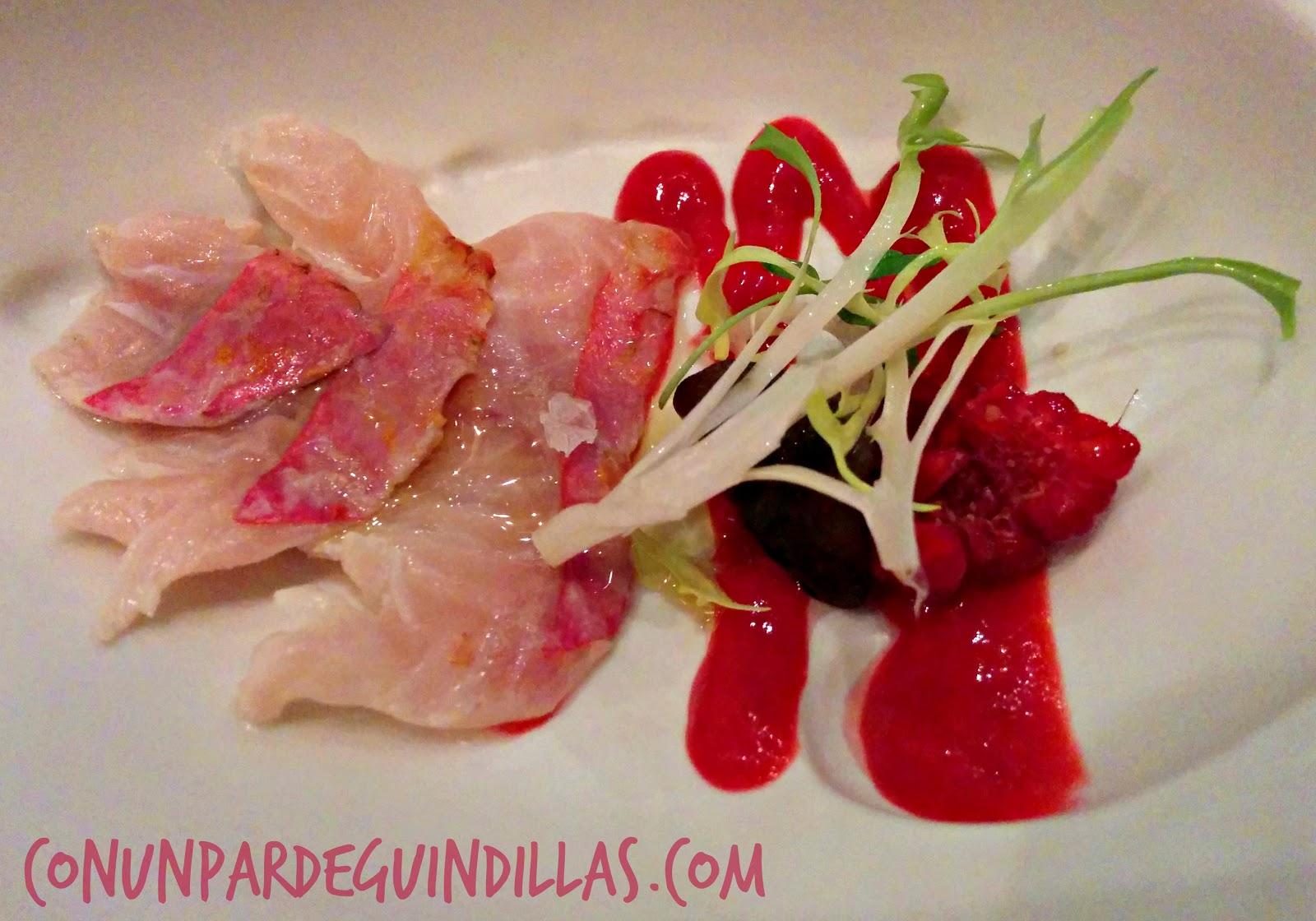 Salmonetes y frambuesas