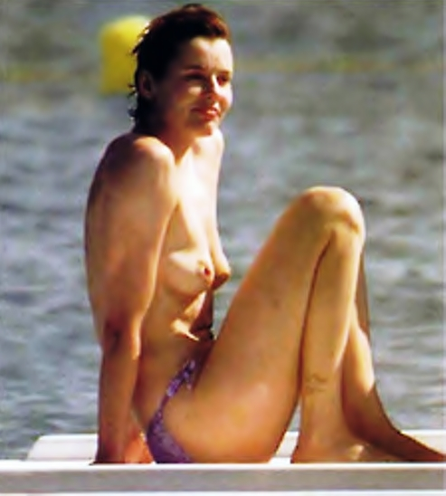 Consider, that geena davies nude beach