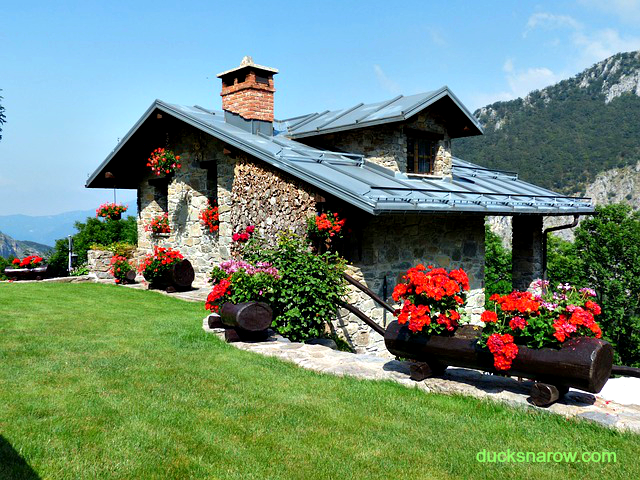 Lovely home #home #house #homesecuritytips Ducks 'n a Row