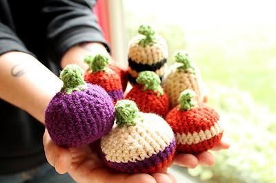 free crochet pattern amigurumi pumpkins