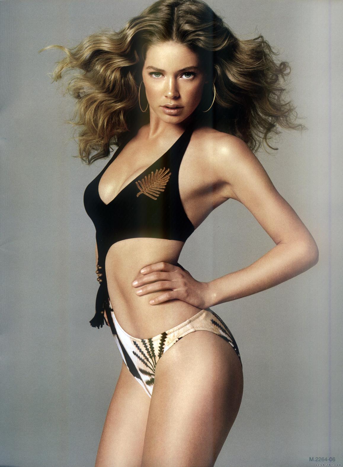 http://3.bp.blogspot.com/-wiAxbKxyGos/T-X_VoGsCzI/AAAAAAAAFWc/sMuzEl9xorA/s1600/Doutzen_Kroes_Victorias_Secret_Lingerie+(3).jpg