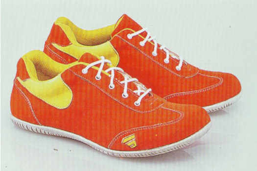 Sepatu: Sepatu Kets Orange Garsel (SDG-477)