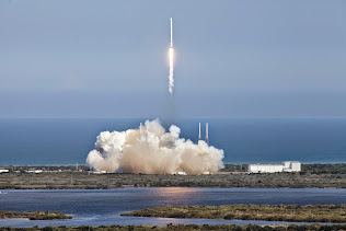 SPACEX FALCON 9 ROCKET CARRYING SUPPLIES FOR ISS