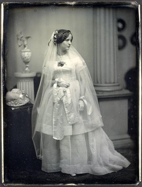 Vintage photos of brides vintage everyday for Wedding dress preservation nyc